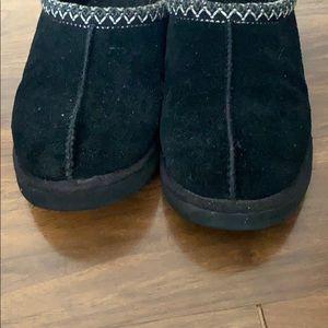 Size 11 Black UGG Tasman Clogs